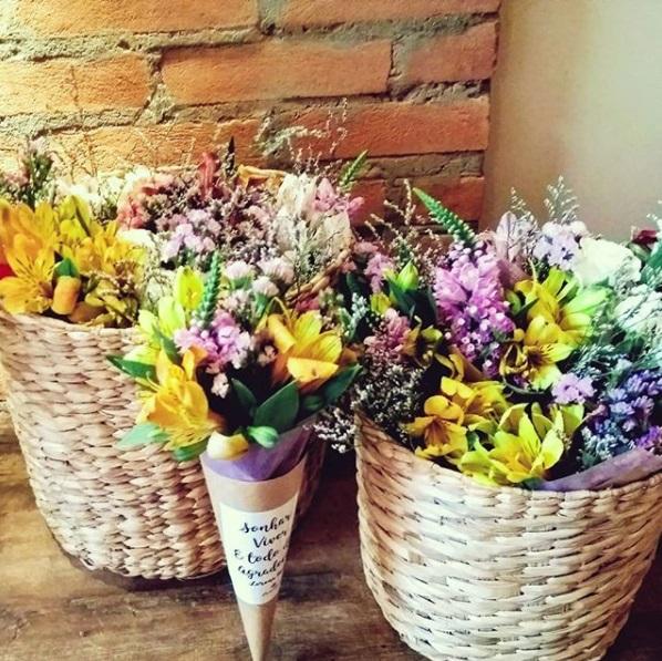 lá do jardim - atelie de flores 4